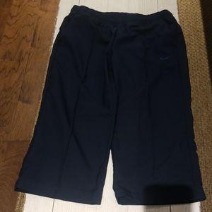 Women's Nike Workout Capri Pants